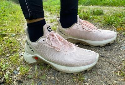 TEST: Salomon Alphacross 3 – Terrific trail shoe for beginners