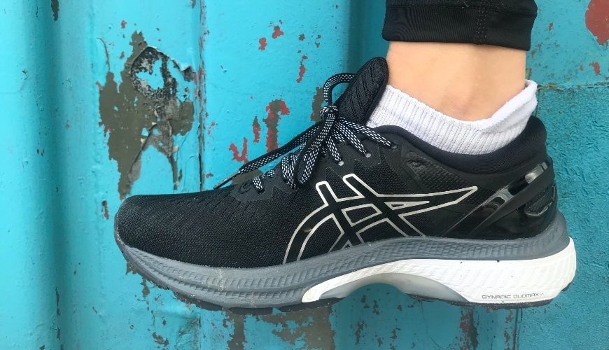 TEST: ASICS GEL-Kayano 27 vs. Kayano 26 - Read the review!